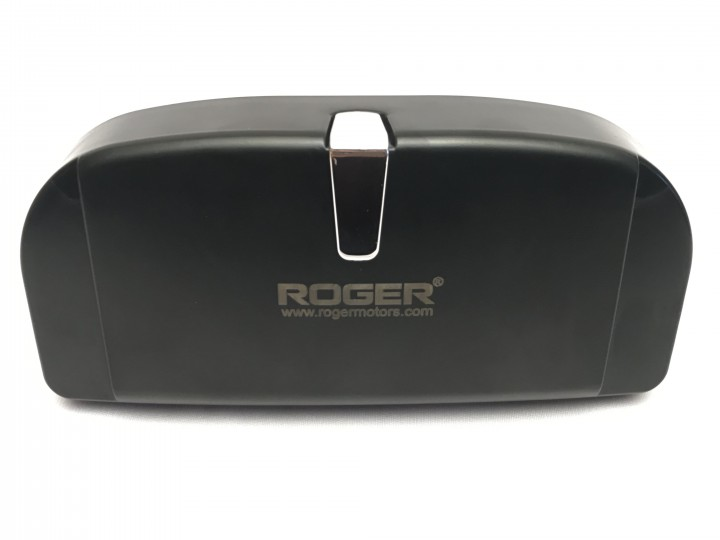 roger-gogstand-glasses-holder-for-car-9251.jpg